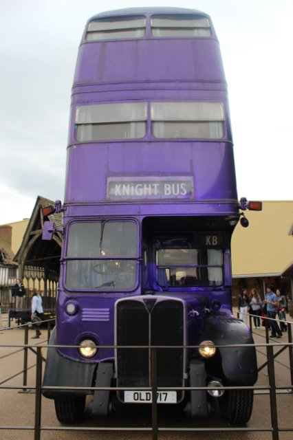 Автобус из 3й части ГП)) - b49adfea44c5.jpg