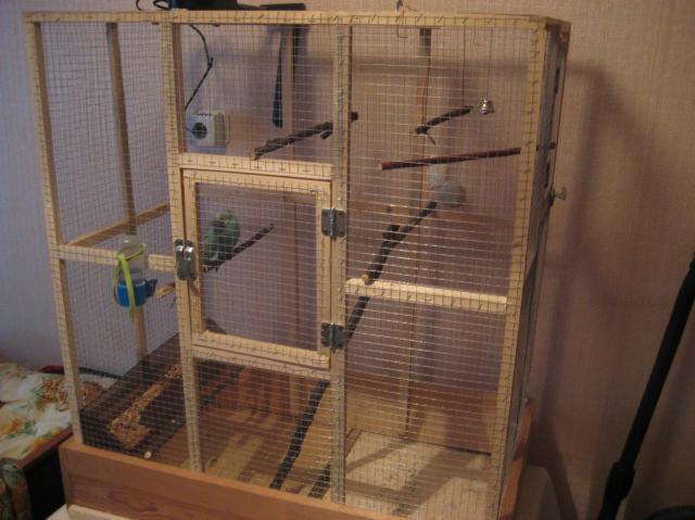 Как сделать большую клетку для попугая своими руками