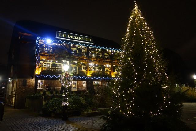паб Dickens Inn - DSC01122.JPG